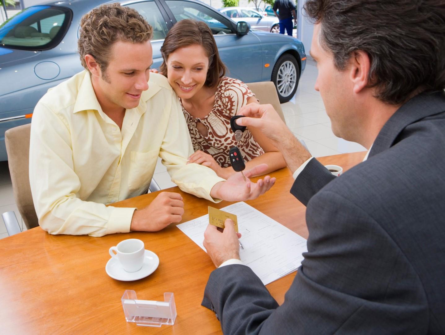 Договор о задатке при покупке автомобиля бланк нюансы составления соглашения и его образец и зачем этот платеж каковы его плюсы и минусы когда можно вернуть